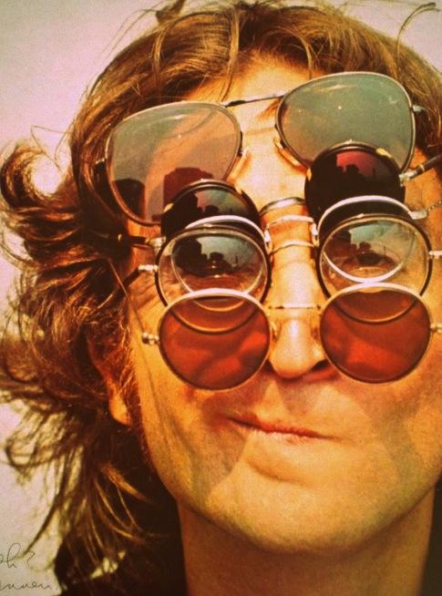 Jhon lennon occhiali da sole stile anni 70