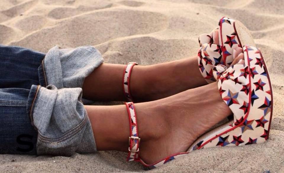 scarpe-spiaggia-tacchi-zeppe