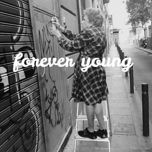 forever young- adolescenti- murales