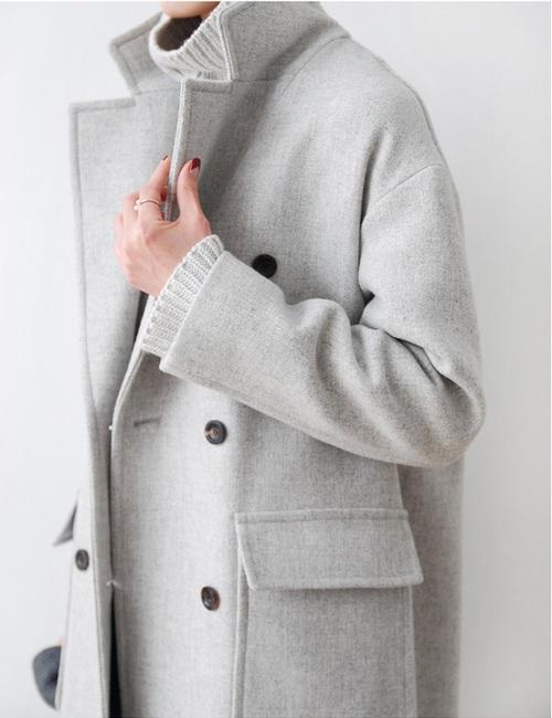 cappotto grigio- uomo-donna-inverno 2015