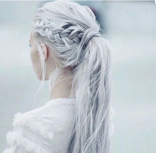 colore grigio capelli-nuovo trend