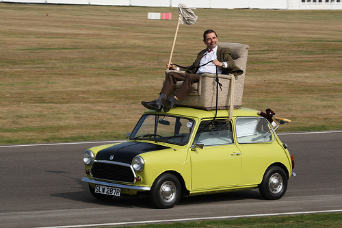 mr-bean - macchina - primo appuntamento