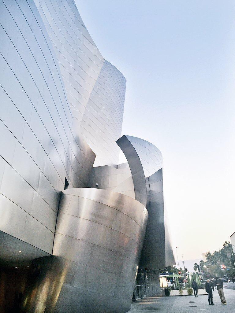 Walt Disney Music Hall à los angeles- architettura- cosa vedere