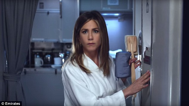 jennifer aniston- emirates- beauty routine