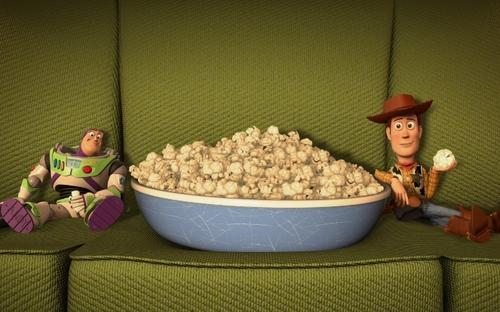pop corn divano - serata- ciao magre dieta