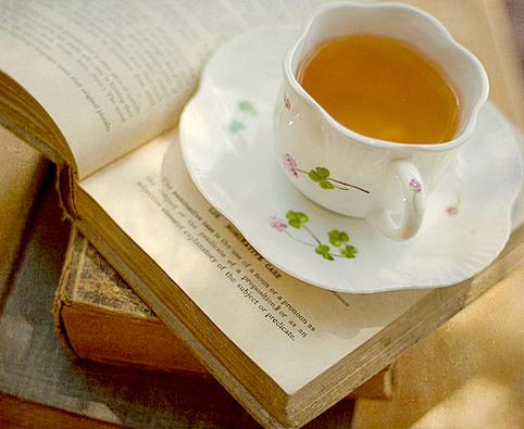 leggere tempo tea pomeriggio  tempo relax