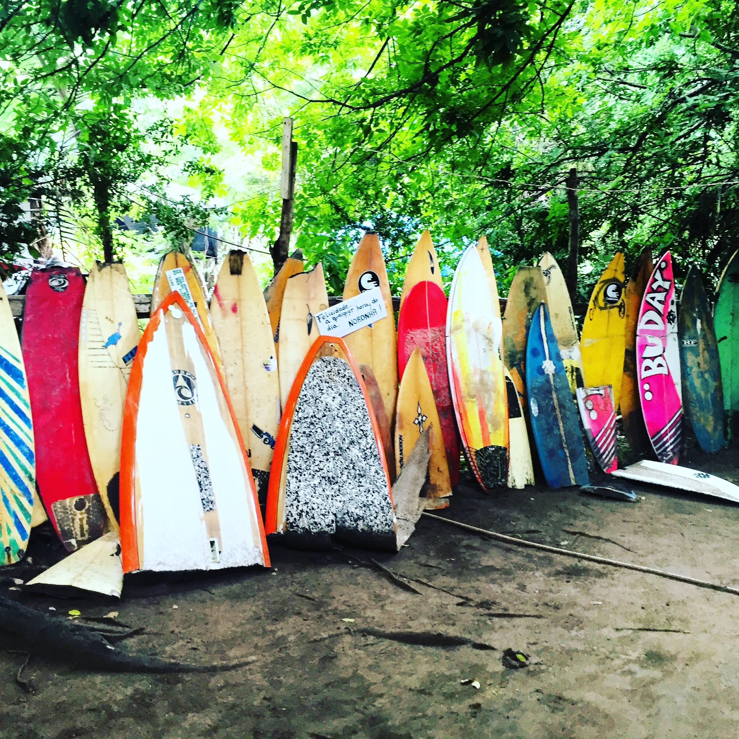 lost and found fernando de noronha- surf consigli - utili- valigia