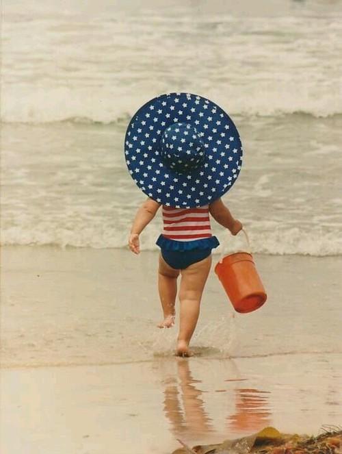 4 luglio - spiaggia - tipi- camicia- come vestirsi