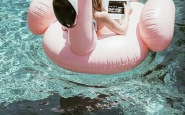 fenicottero rosa dalani piscina