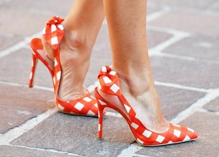 stoffa fantasia ichy- scarpe- miu miu- estate