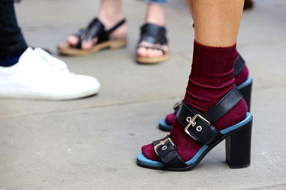 calzini-sandali-moda-inverno-2016-2017-trend