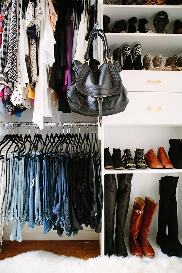 armadio-vestiti-primi-tre-mesi-gravidanza