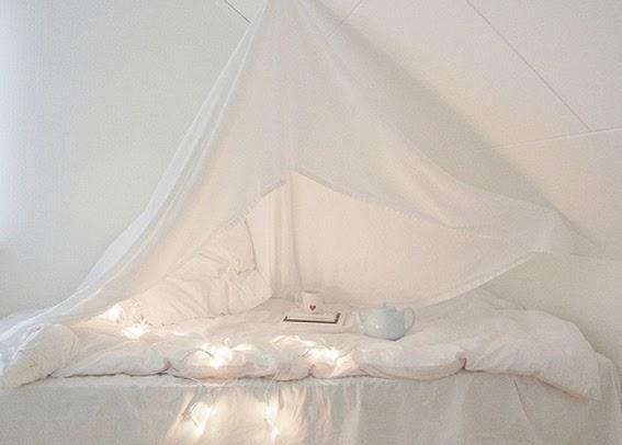 beautiful-bed-bed-room-bedroom-color-favim-com-non-si-dice-piacere-bianco-white-galateo-bon-ton-chic