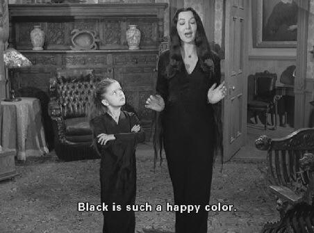 famiglia-addams-black-is-happy-color-come-vestirsi-ufficio-uscire