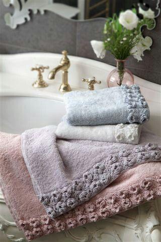 ricevere-asciugamani-ospiti-padrona-dettagli-ricevere-casa-galateo