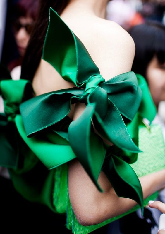 fiocchi-verdi-colori-matrimonio-inverno