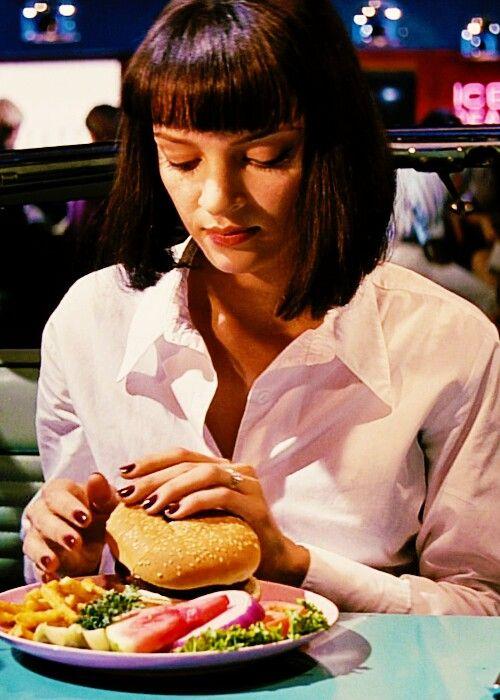 pulp-fiction-hamburger-come-mangiare-sporcarsi-mani-bon-ton-eleganza