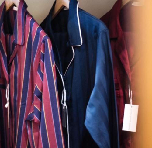 telerie-spadari-milano-pigiama-su-misura-idea-regalo-marito-fidanzato-papa-fratello-natale