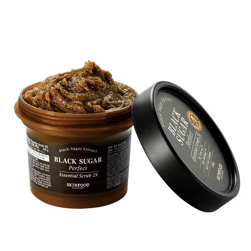 novità-primavera-2017-beauty-dior-to-cool-for-school-skin-food-cambio-stagione-Black Sugar Perfect Essential Scrub