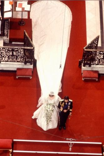 diana-velo-sposa-si-no-galateo-matrimonio-quando usarlo