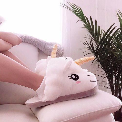 unicorno-valigia-fare-parto-mamma-baby-ospedale- ciabatte
