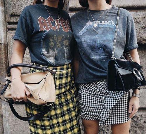 t-shirt-frasi-graphic-magliette-moda-parole-abbinamento -magliette-rock