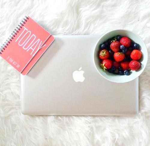 1-benessere-liquido-succo-di-frutta-detox-frullatore-philips-frullato- pausa-today