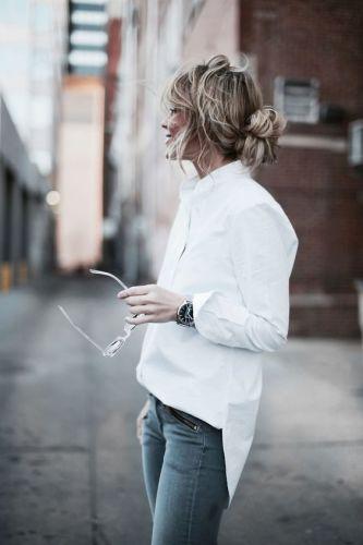 camicia-bianca-t shirt-bianco-jeans-abbinamenti-perfetti-classici-intramontabili-chic