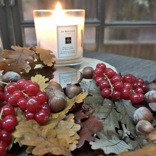 autunno-checklist-cosa-fare-casa-gite-torte-decorazioni calzini mettere candele casa jo malone