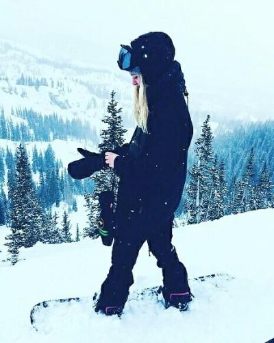 voglia-di-neve-snowboard-sci-aria-frizzante-nevicate profumo giacca