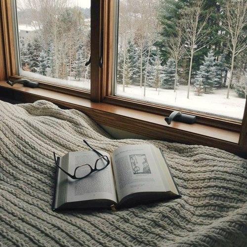 leggere-lusso-tempo-vacanza-natale-estate-bambini-casa