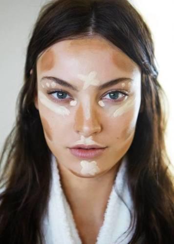 make up- veloce-ritocco-borsa-guerlain-durare