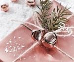 crazy-colorful-christmas-jo-malone-natale-edizione-limitata-2017-idee regalo-rosa- pacchetti