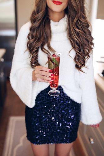 vestirsi-giuste-outfit-feste-come-vestirsi-tema-natale-tartan-pailletes-oro-rosso-non-si-dice-piacere- blu glitter