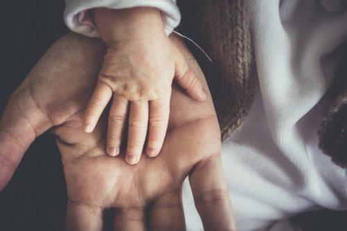 crisi - identità- genitori- figli