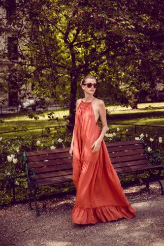 outfit estate citta galateo buon gusto come vestirsi infradito prendisole