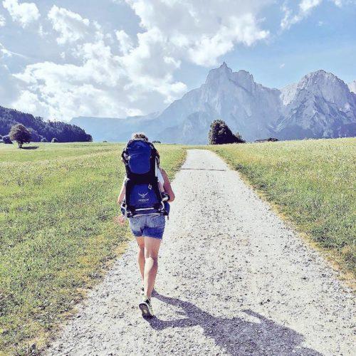 altipiano dello sciliar estate passeggiate bambini piccoli