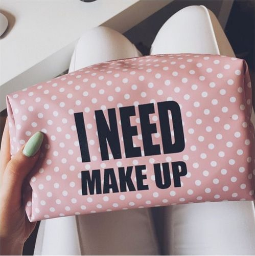 cosa mettere valigia- make up - kit viaggio