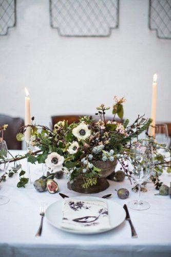 fiocco di vite- tavola- vino- abbinamenti- banchettare amici inverno