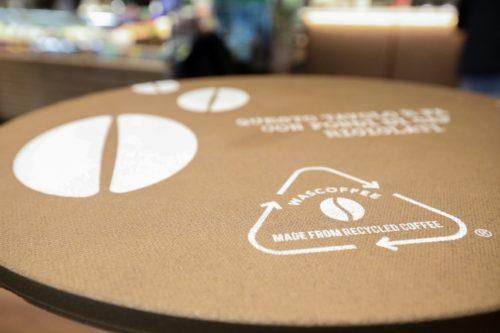 wascoffee- riciclo- economia circolare - fondi caffè - autogrill tavolino