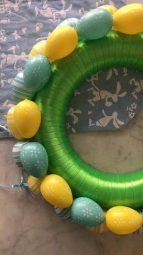 decorazioni pasqua ghirlanda uova appendere centro tavola idee fare in casa lavoretti