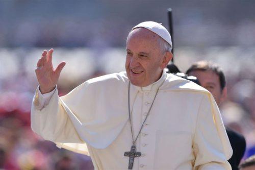 come vestirsi per andare udienza Papa colori vietati velo non si dice piacere