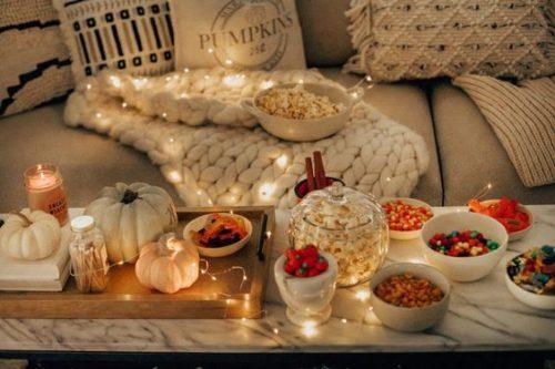 film autunno serata cinema mood atmosfera pre halloween- pioggia